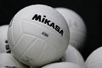 weiße Mikasa Volleybälle
